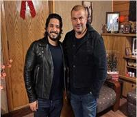 مصطفى حجاج يكشف كواليس لقاؤه مع الهضبة عمرو دياب| فيديو