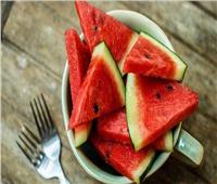 أفضل ٥ أطعمة مرطبة للمعدة في فصل الصيف.. أبرزها البطيخ والطماطم