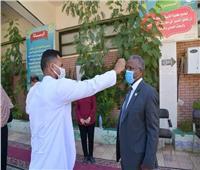 نائب رئيس جامعة الوادى الجديد يتفقد لجان امتحانات الدراسات العليا بكلية التربية