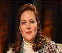 «لا تستطيع التنفس بصورة طبيعية».. تطورات الحالة الصحية لـ دلال عبدالعزيز