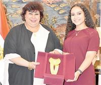 الأوبرا تكرم أصغر مغنية مصرية فى فيينا