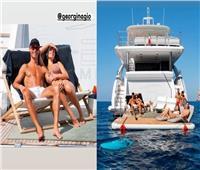 «رونالدو» رفقة «جورجينا» يصف استمتاعه على البحر بكلمتين   صور
