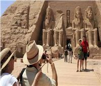 مصر تستقبل 3.5 مليون سائح منذ بداية 2021.. وتوقعات بزيادة الحركة