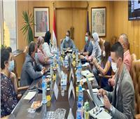 وزير السياحة والآثار يبحث تطوير مواقع التواصل الاجتماعي الترويجية