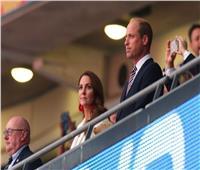 الأمير ويليام وجونسون في «ويمبلي» لمؤازرة إنجلترا بنهائي اليورو |صور