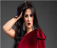 آخرهم أحمد العوضي..فنانون يدافعون عن زوجاتهم بسبب هجوم السوشيال ميديا