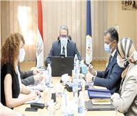 «العناني» يبحث إطلاق حملة دولية للترويج للسياحة المصرية