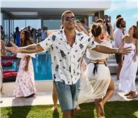 أغنية عمرو دياب الدنيا بترقص تحقق 5 ملايين مشاهدة في 72 ساعة