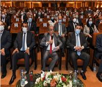 وزير الإنتاج الحربي يؤكد على توجيه من الرئيس السيسي بالتعاون مع القطاع الخاص