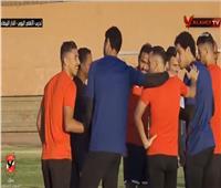 شاهد.. احتفال لاعبو الأهلي بمحمد شريف بمناسبة قدوم مولوده الجديد