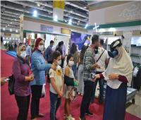 إقبال جماهيري على جناح وكالة الفضاء المصرية في معرض الكتاب