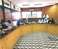 اجتماع لجنة المشروعات المتوسطة والصغيرة والمتناهية الصغر بالإسماعيلية