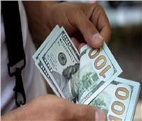 استقرار سعر الدولار في البنوك  مع وقفة عرفات