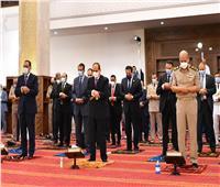 الرئيس السيسي يؤدي صلاة عيد الأضحى بمدينة العلمين الجديدة
