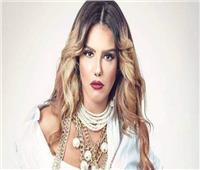 دنيا عبدالعزيز تنعى خالتها : ورحلت جميلة الجميلات