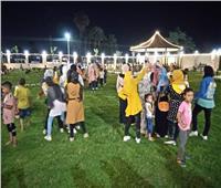 أبناء سوهاج يحتفلون بالعيد في الحدائق العامة هربا من الحر