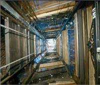 مصرع جزارين وإصابة ثلاثة سقط بهم مصعد كهربائي في المحلة الكبرى