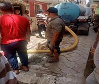 استمرار متابعة أعمال تطهير خطوط الصرف الصحي بالمنيا