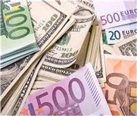 تباين أسعار العملات الأجنبية ثالث أيام العيد
