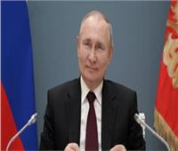 بوتين: لا أفهم الذين يعرقلون تسجيل اللقاحات الروسية
