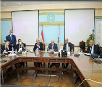 وزير التعليم ونوابه يترأسون غرفة العمليات الرئيسية لمتابعة امتحان الفيزياء