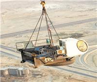 تفكيك «الونش» المستخدم فى بناء البرج «الأيقونى» بالعاصمة الإدارية