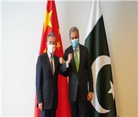 وزيرا الخارجية الباكستاني والصيني يبحثان التعاون الأمني والاقتصادي