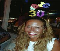 في عيد ميلادها.. منة شلبي «تتلاعب» في عمرها الحقيقي