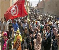 المتظاهرون يقتحمون مقرات حركة النهضة الإخوانية بمدن توزر والقيروان بتونس