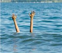 غرق زوجين ونجلهما و10 آخرين بشواطىء الإسكندرية