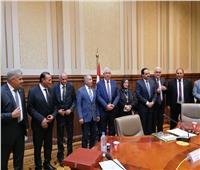 «دفاع النواب» تكرم وزير الزراعة.. وتؤكد: مطمئنون على الأمن الغذائي في مصر