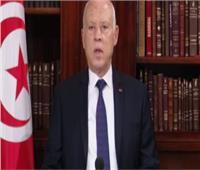 الرئيس التونسي:أتحمل المسؤولية أمام الله والشعب.. ولن أسكت على من يتطاول بالسلاح