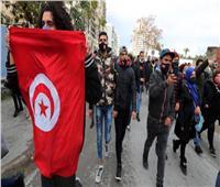 «التونسيون» في حالة فرح جراء إزاحة الإخوان .. وتجميد نشاط الغنوشي راعي الإرهاب
