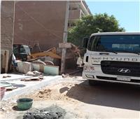 إزالة العشش العشوائية بشارع الشهيد عبد الرحمن بأرمنت