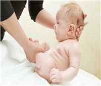 أضرار الإمساك عند الأطفال الرضع