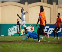 انطلاق مباراة بيراميدز والبنك الأهلي في الدوري الممتاز