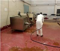 تكثيف أعمال النظافة الدورية لمصنع التمور بواحه سيوة