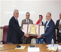 رئيس جامعة الأزهر يشهد احتفال  كلية الهندسة  بيوم التمييز العلمي