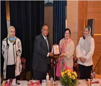 نائب رئيس جامعة عين شمس يفتتح المؤتمر الدولي الأول لقطاع شئون الطلاب بكلية البنات