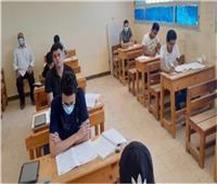 بدء امتحان الديناميكا لطلاب الشعبة الرياضية للثانوية العامة