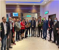 استقبال حافل من الشباب والرياضة لـ«أبطال التايكوندو» بمطار القاهرة