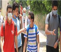 أزمة في جروب غش إجابات الإنجليزية بالثانوية.. وأحد المتابعين يستغيث بالوزير