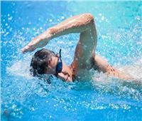 سر تأثير السباحة علي الروابط العصبية للدماغ