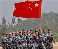 الجيش الصيني يخفي قواته بسلاح «طاقية الإخفاء» الجديد| فيديو