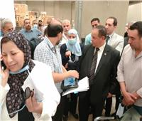رئيس مصلحة الجمارك يزور قرية البضائع بمطار القاهرة