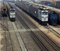 عودة حركة قطارات الصعيد بعد توقفها بسبب سقوط كابل كهرباء في بني سويف