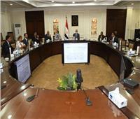 وزير الإسكان يبحث إنشاء مستشفى خاص بالعاصمة الإدارية الجديدة