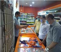 تحرير 13 محضرا تموينيا خلال حملة للرقابة على الأسواق بالمنيا  صور