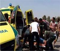 «نيابة المنيا» تعاين موقع حادث انقلاب ميكروباص بالطريق الصحراوي
