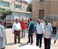 رئيس مدينة ملوى يتفقد مواقع مجمعات الخدمات الحكومية ضمن «حياة كريمة»